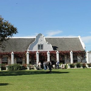 Meerlust Red Lunch - Manor House