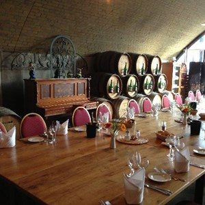 Setting up fro Villiera Wine and Dine at Habel Weinculture aranged by Löffelsend & Wein Compagny GmbH