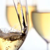 Discovering the distinctive white wines of South Africa