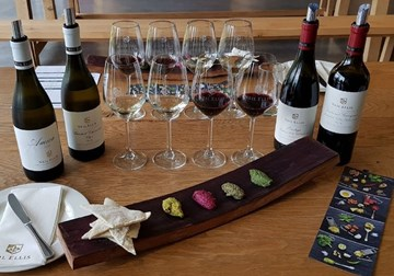 """Pesto & Wine Play"" at Neil Ellis Wines: A Must This Summer!"