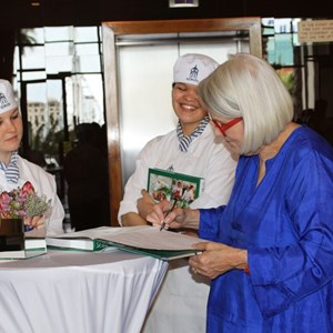 Reaching for Young Stars 2015 - Dorina Allen (Ballymaloe) signing books - Copy.JPG