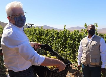 Groote Post Host Western Cape Premier, Alan Winde And Western Cape Minister Of Agriculture, Ivan Meyer