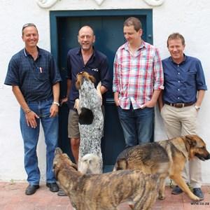Meerlust 40th - Roelie, Hannes, Chris & Eddie & dogs.JPG
