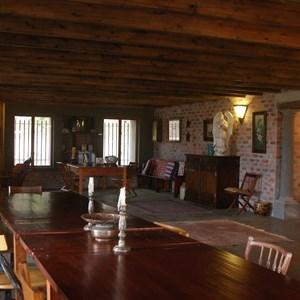 Tasting room 1.jpg