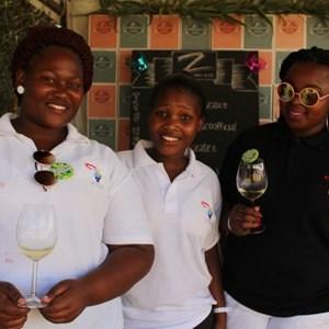 2017 Stellenbosch Wine Fest - PYDA Students-001