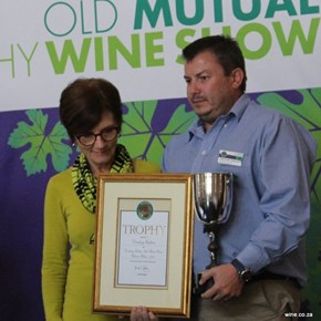 Darling Cellars - TROPHY for Bush Vine Chenin