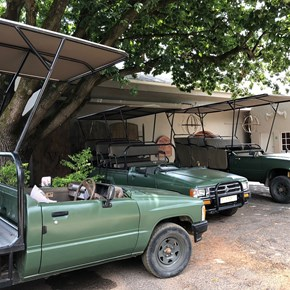 Game Drive Vehicles