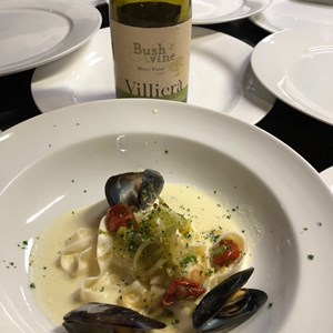 Villiera Blanc Fume with Moules Mariniere