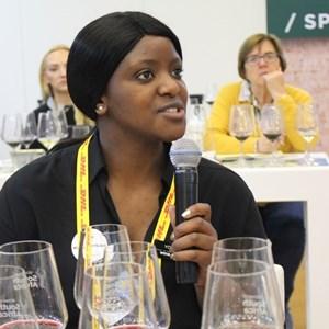 Yoliswa Masekwana (wine.co.za)