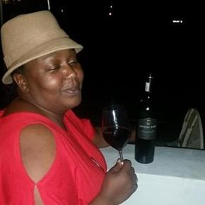 Kudzai Dzemwa from wine.co.za enjoying #tastesunshine