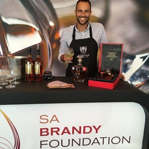 Michael Taberer (Avontuur) with his delicious brandy