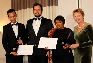 Tied 2nd place Wine Stewards Alvezo Abrahams, Fred Hart, Veronique Whitney Booysen & Sandy Harper