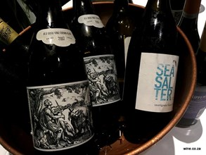 Winemag Label Design Awards (88)
